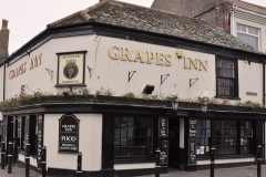 Falmouth Grapes Inn